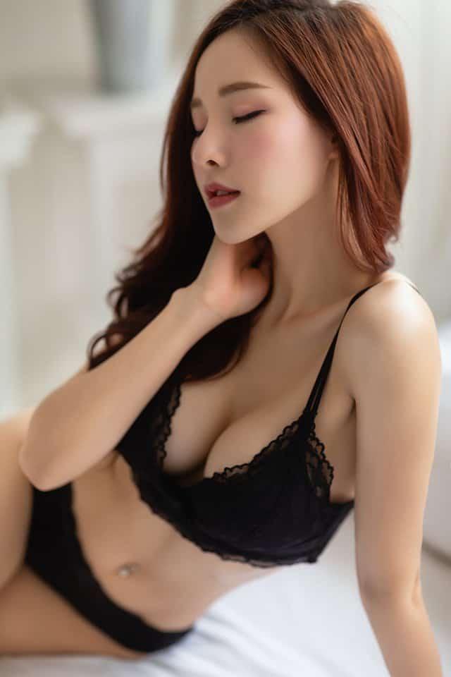 gái xinh mặc bikini đầy gợi cảm